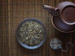 El Té Verde Caramelo Pasas Ban Cha genera una infusión llena de dulzura junto con las pasas y el caramelo